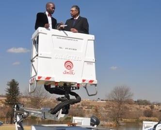 MERCEDES-BENZ Atego trucks boost Tshwane's fleet