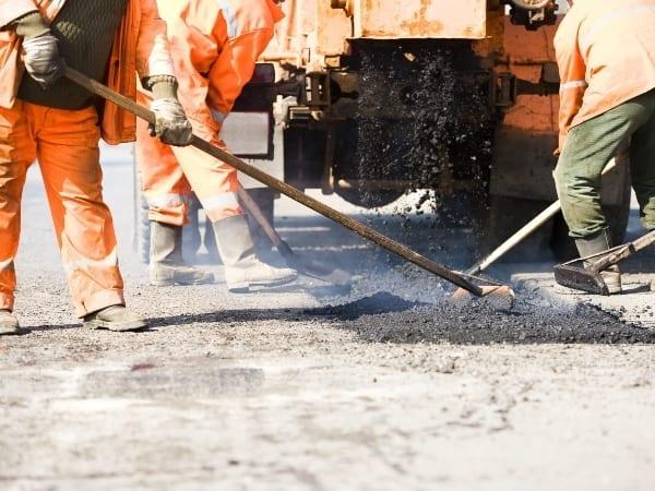 Job losses in mining and constructions sectors hurt employment stats